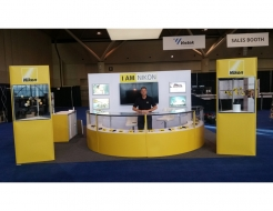 Nikon Canada Custom Curved Counter and Towers